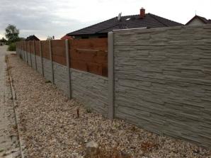 Realizace betonového plotu v Babicích (zdroj: betonoveploty.net)